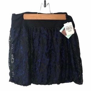 6 Degrees Bubble Lace Skirt